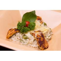 Zöldspárgás rizottó csirkecsíkokkal