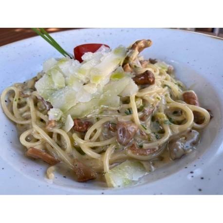 Rókagombás spaghetti kacsamájjal